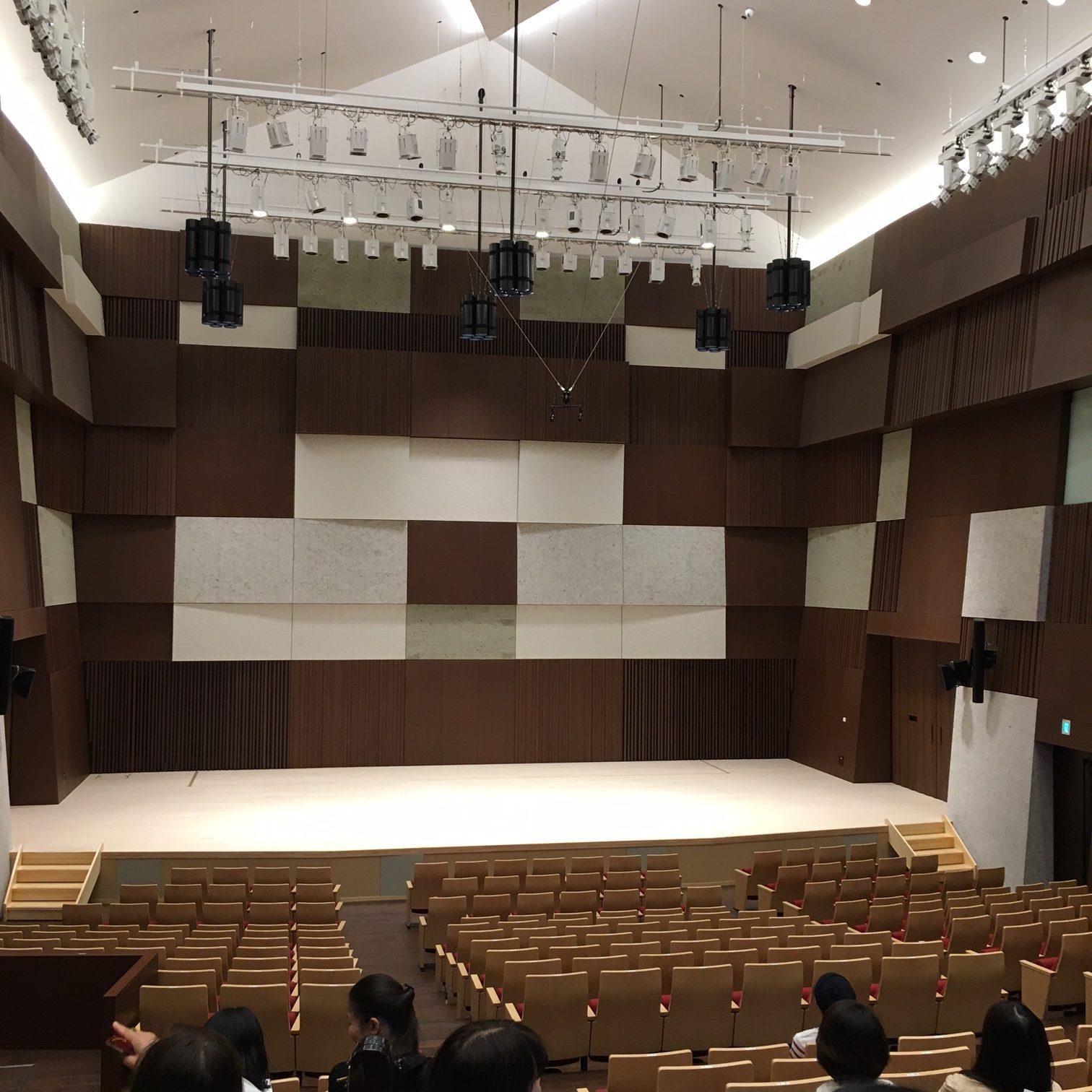 武蔵野音大新キャンパス見学会へ...