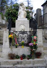 ショパン ぺール ラシェーズ墓碑